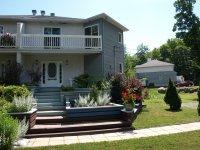 Grande maison à Prévost dans les Laurentides - Maison à louer, court ou long terme, meublée ou semi-meublée